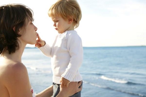 Intelligenza emotiva come allenare un figlio dai 9 ai 12 mesi